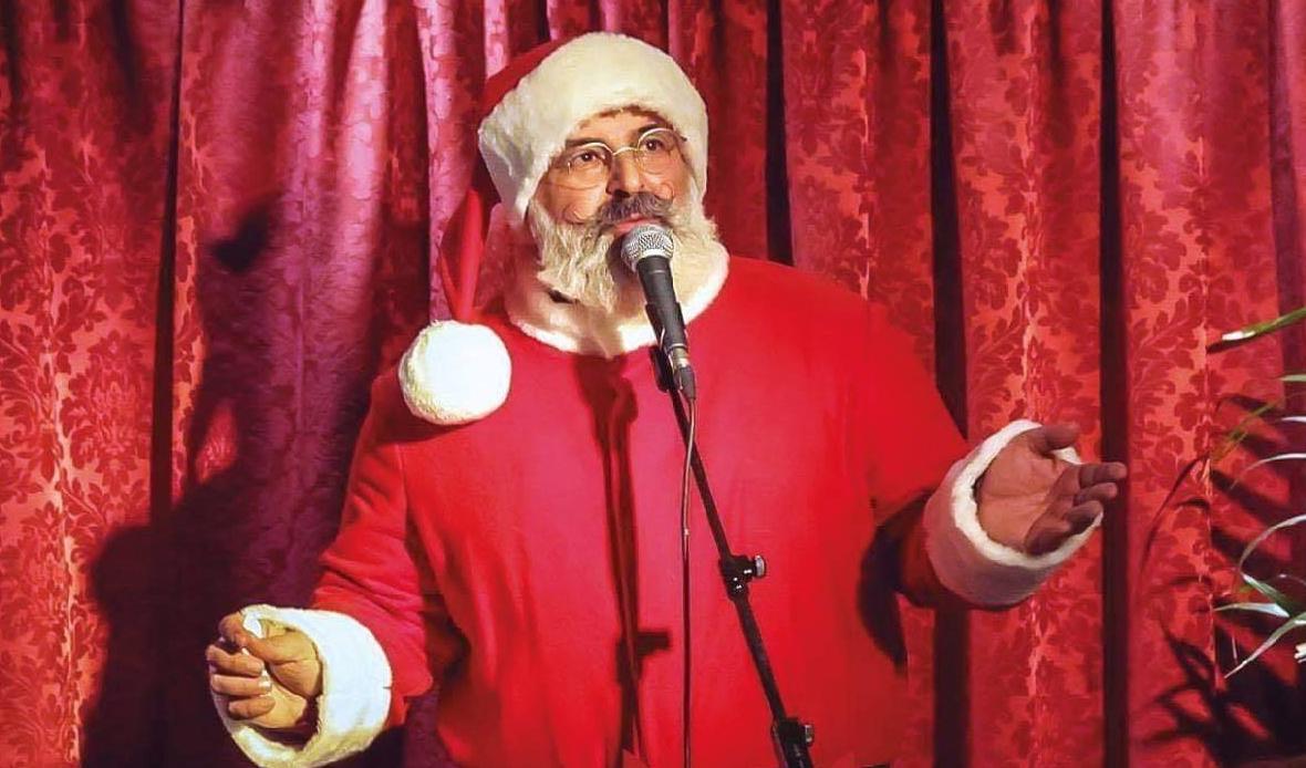 dondi-christmas-village-andrea-poltronieri-christmas-poltro